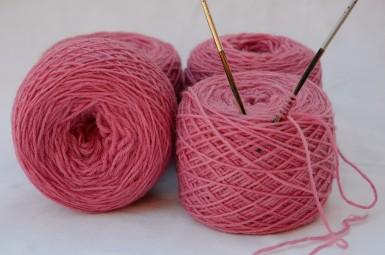 Merinos baby rosa intenso 4 gomitoli da 50 gr l'uno