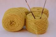 Merinos Baby giallo 4 gomitoli da 50 gr l'uno
